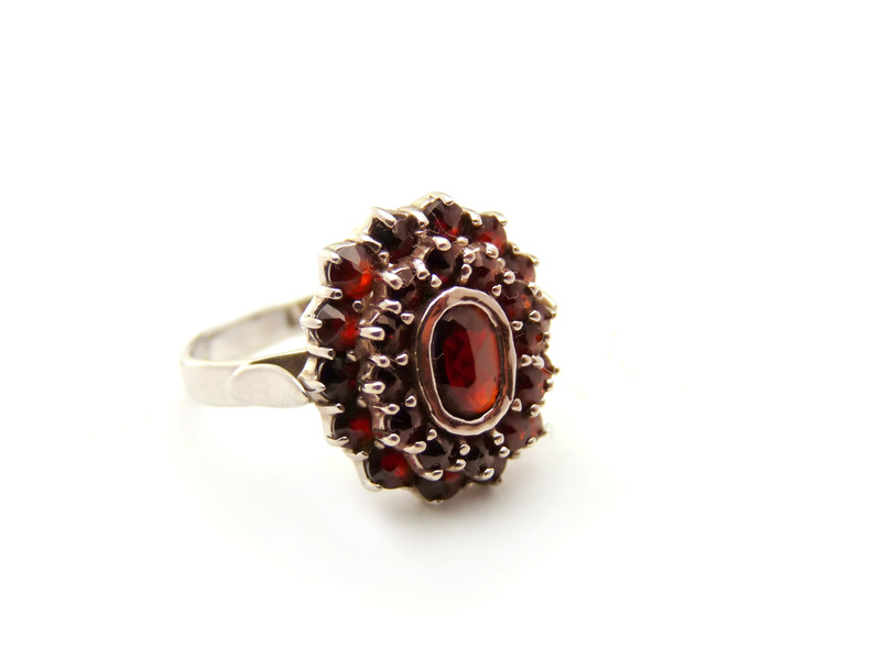All You Need To Know About Januarys Birthstone Red Garnet