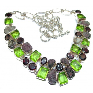 Luxurious Natural Rich Green Quartz .925 Sterling Silver handcrafted Necklace