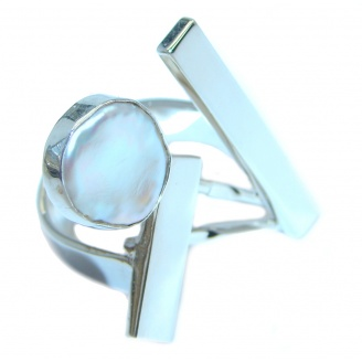 New Edge White Mother Of Pearl Sterling Silver Ring s. 6 1/4