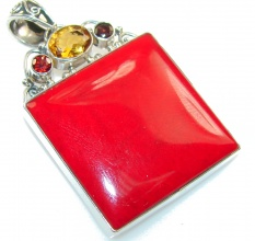 Lovely Color Of Red Coral Sterling Silver pendant