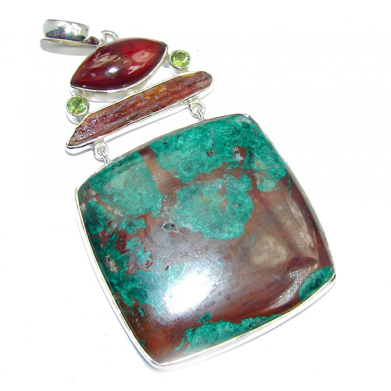 Big! Natural AAA Morrisonite with golden vains Sterling Silver Pendant
