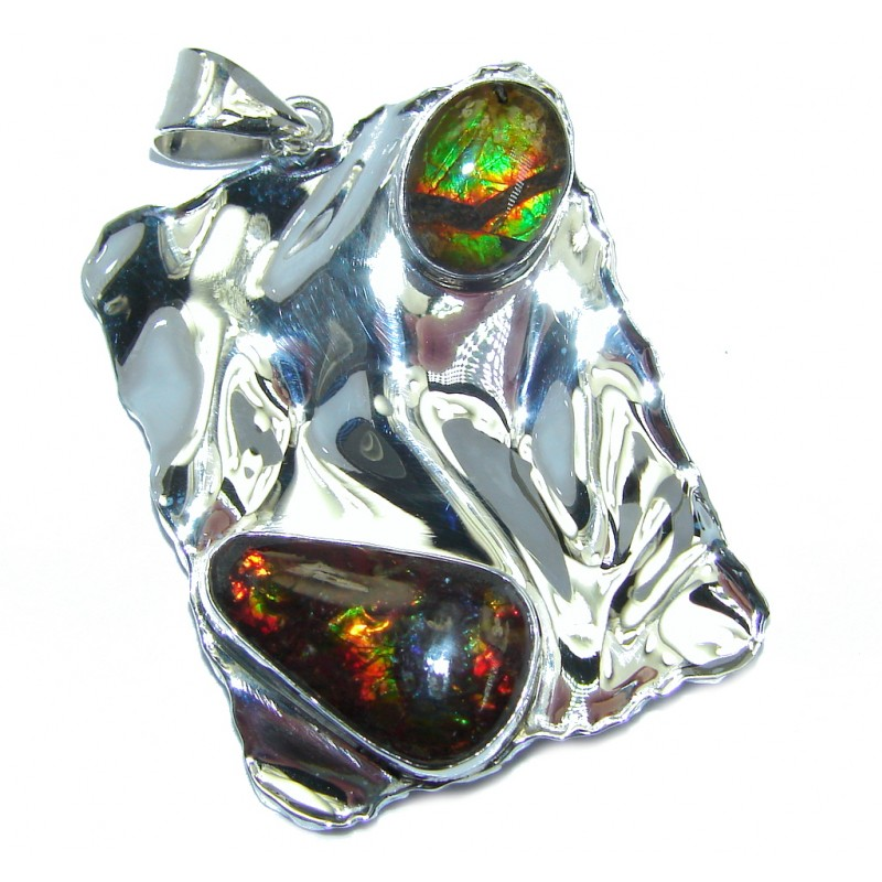 Natural AAA Ammolite hammered Sterling Silver Pendant