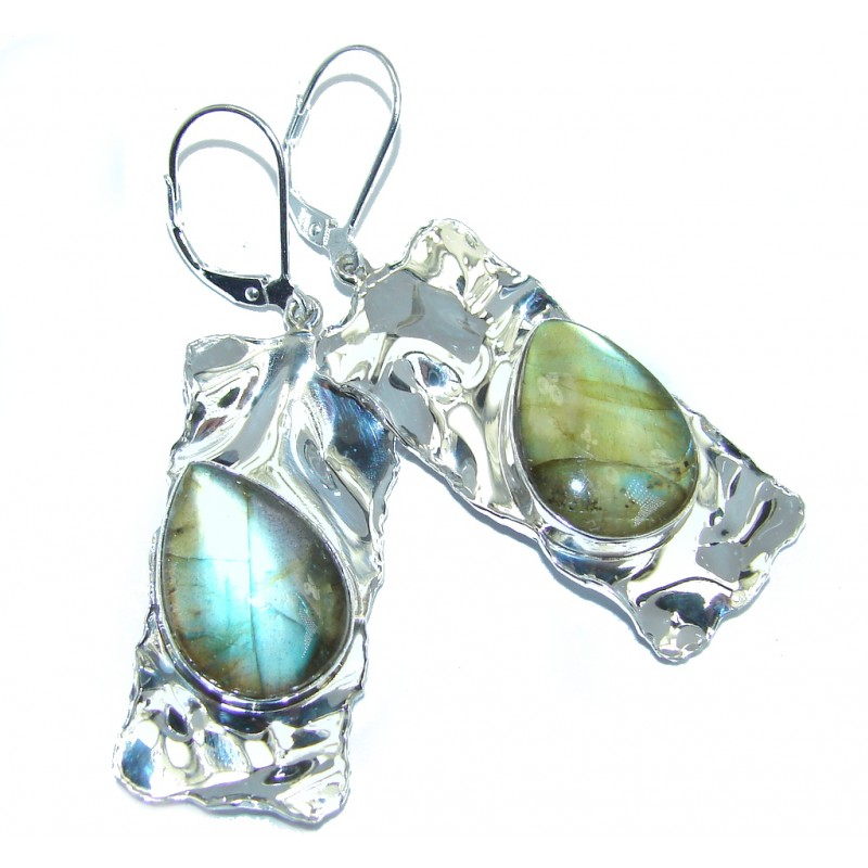 Perfect Design Modern Labradorite Hammered Sterling Silver earrings