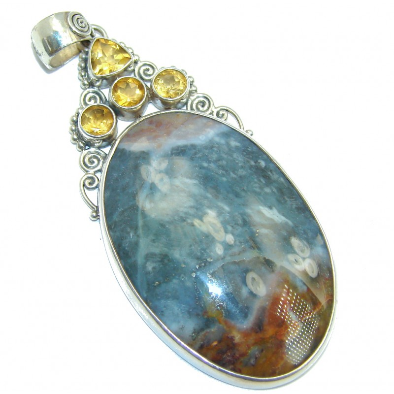 Fabuloue Plume Moss Agate Sterling Silver pendant