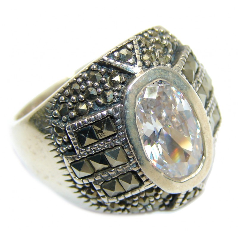 Amazing White Topaz Marcasite Sterling Silver ring s. 7