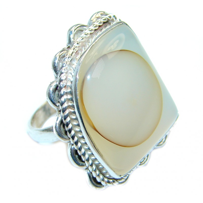 Snow Queen Agate Sterling Silver Ring s. 7 1/4