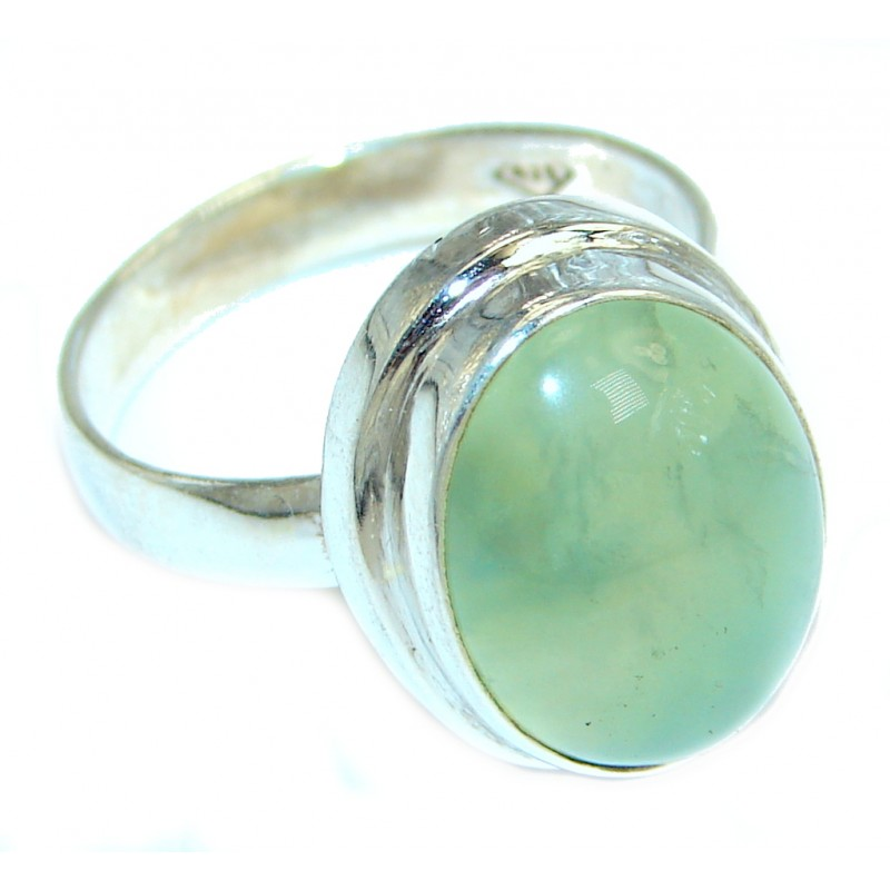 Sublime Green Moss Prehnite Sterling Silver ring; s. 9