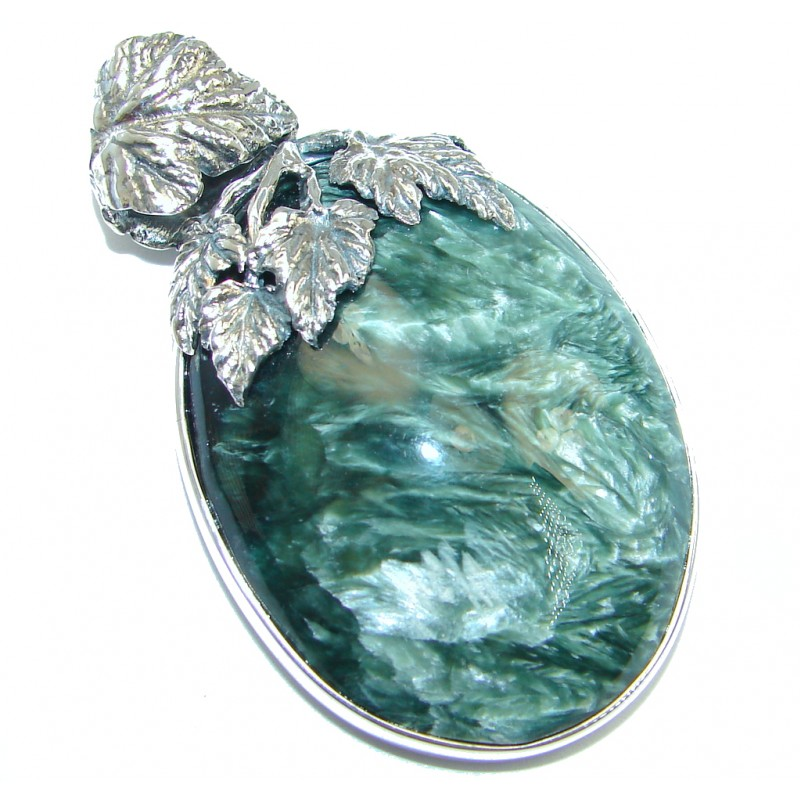 Precious AAA quality Green Seraphinite Sterling Silver handmade Pendant