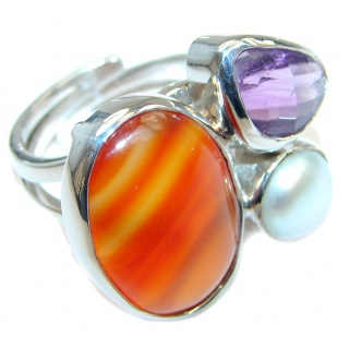 Fresh Wtare Pearl Amethyst Green Moss Prehnite Amber Carnelian Sterling Silver ring; size adjustable