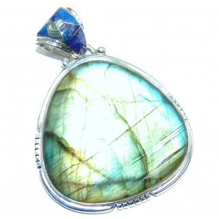 Traditional Design Labradorite Sterling Silver handcrafted Pendant