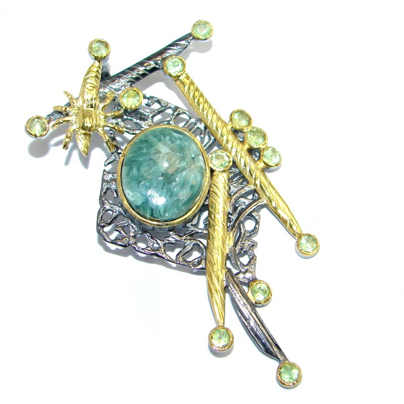 Precious quality Green Seraphinite Peridot Gold plated over Sterling Silver handmade Pendant