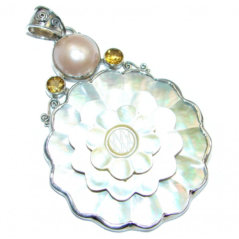 fLOWER Blister Pearl Sterling Silver handcrafted pendant