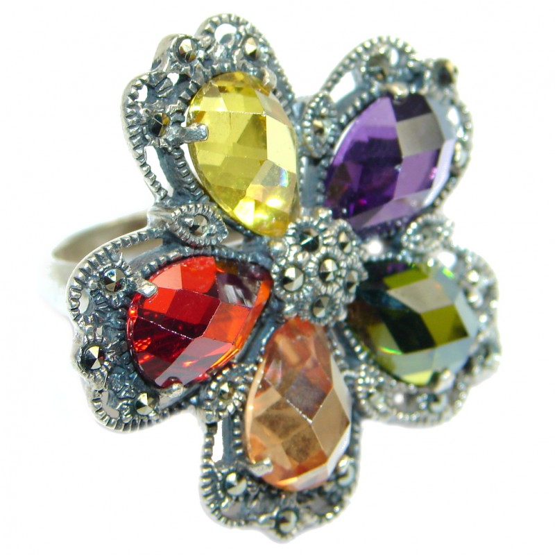 Very Fancy Flower Cubic Zirconia Sterling Silver Coctail ring s. 9