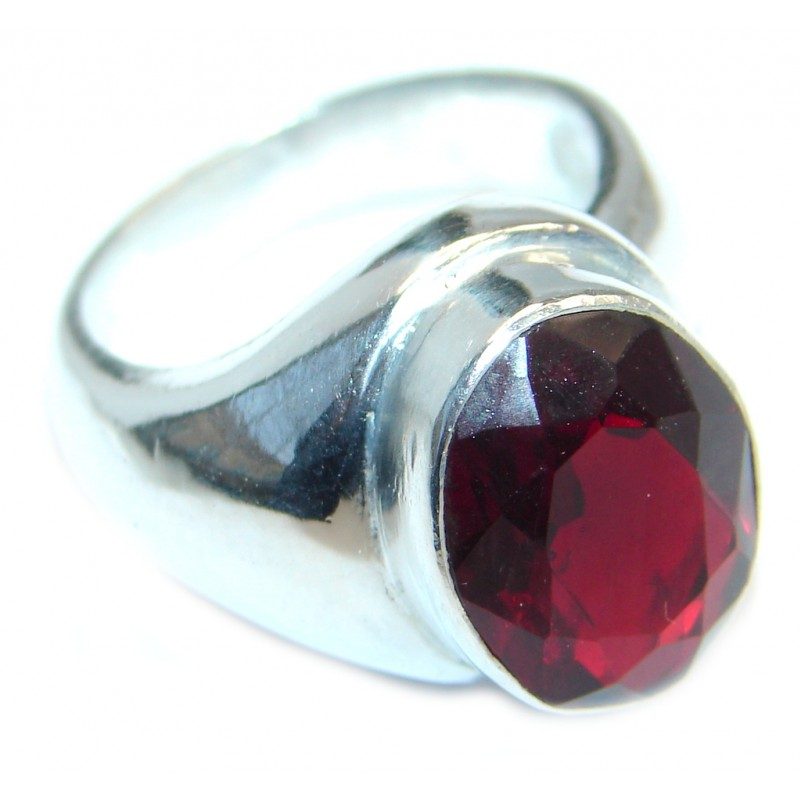 Ultra Fancy Red Cubic Zirconia Silver Tone Coctail ring s. 7 1/4