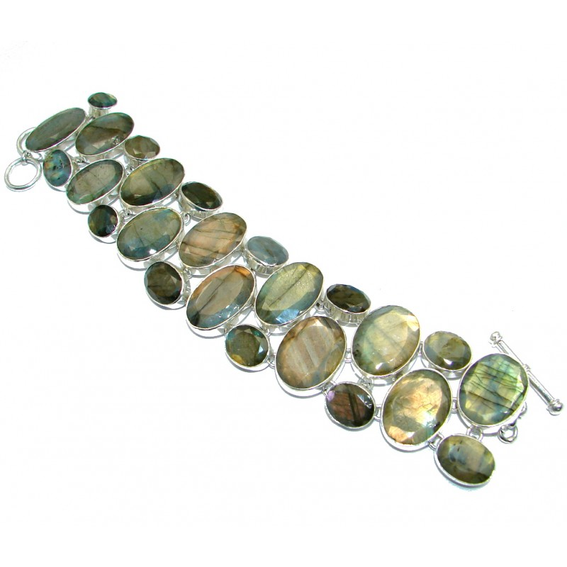 Beautiful faceted Shimmering Labradorite Sterling Silver handmade Bracelet