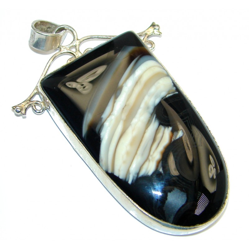 Genuine Agate Sterling Silver handcrafted Pendant