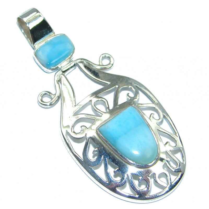 Sublime Design Authentic Beauty Larimar Sterling Silver handmade Pendant