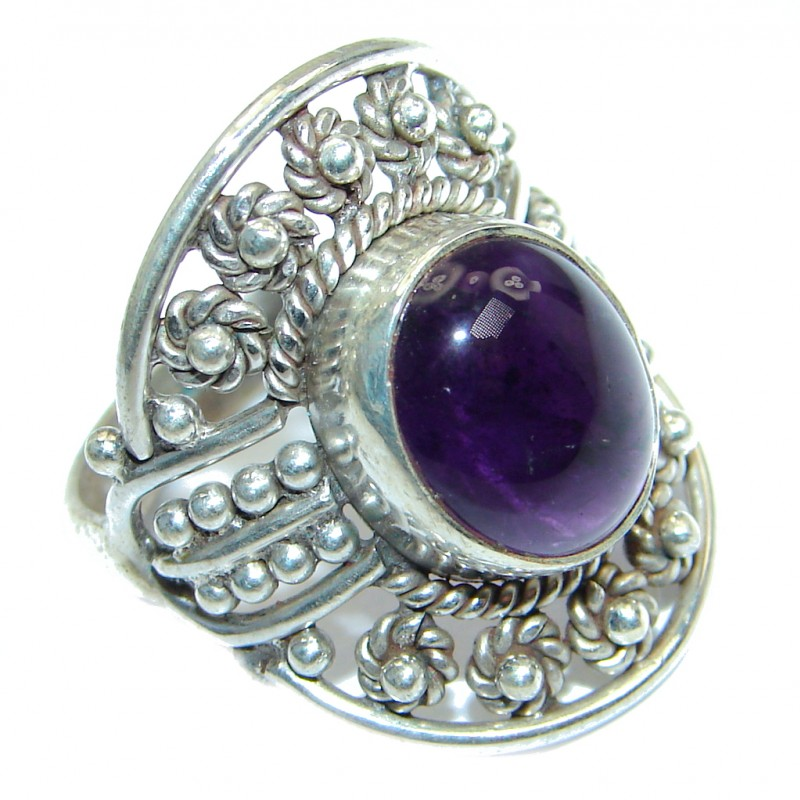 Unique Style genuine Amethyst Sterling Silver ring; s. 7 1/4