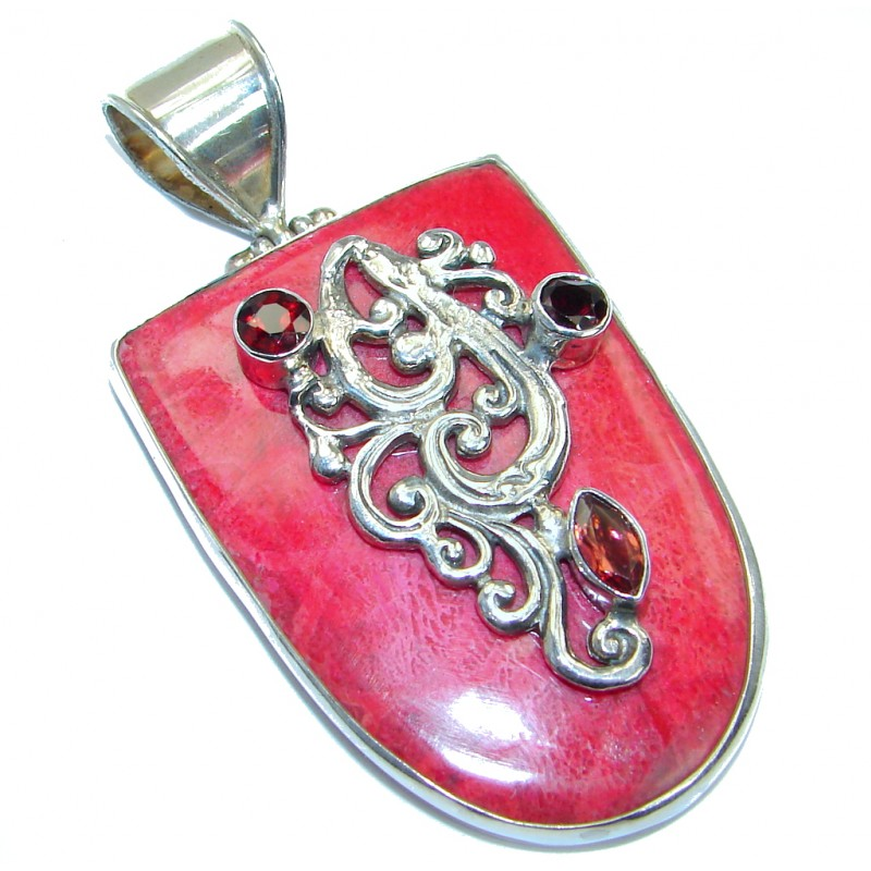 Lovely Red Fossilized Grnet .925 Coral Sterling Silver handmade pendant