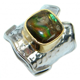 Natural Rainbow Fire Ammolite hammered Two Tones .925 Sterling Silver ring s. 7