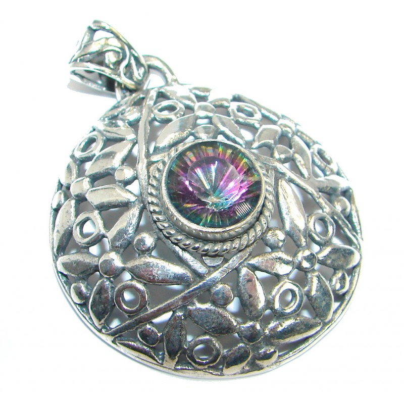 Spectacular Indonesian Design Magic Topaz Silver Tone Pendant