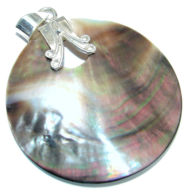 Exquisite Shell .925 Sterling Silver handmade Pendant