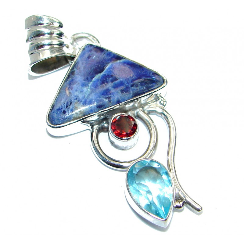 Agra Style Sodalite .925 Sterling Silver Pendant