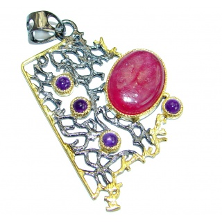 Vintage Style natural Ruby Two tones .925 Sterling Silver handcrafted Pendant