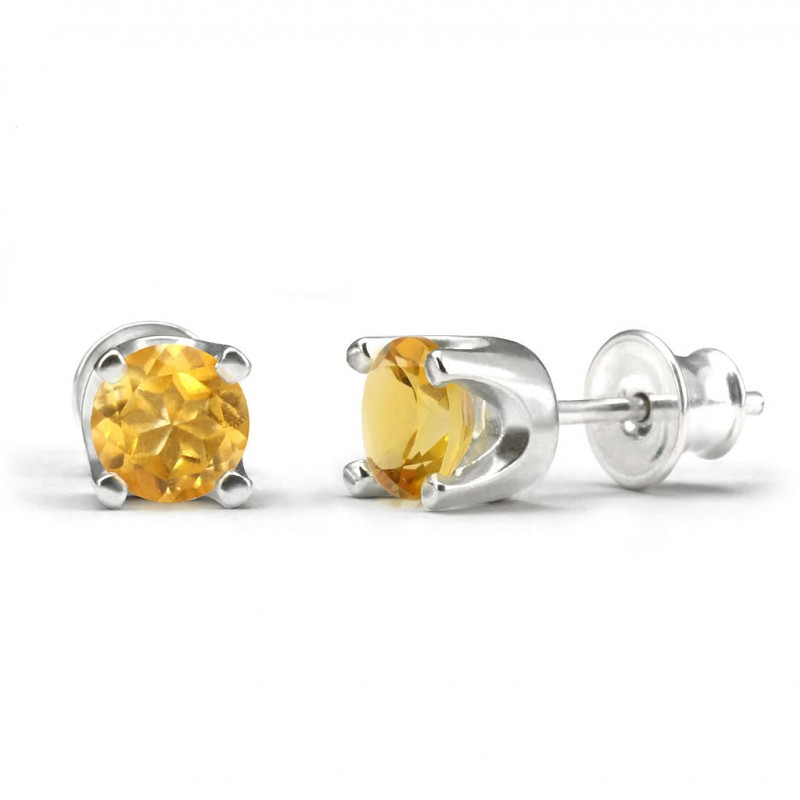 Elegant studs in sterling silver with a citrine