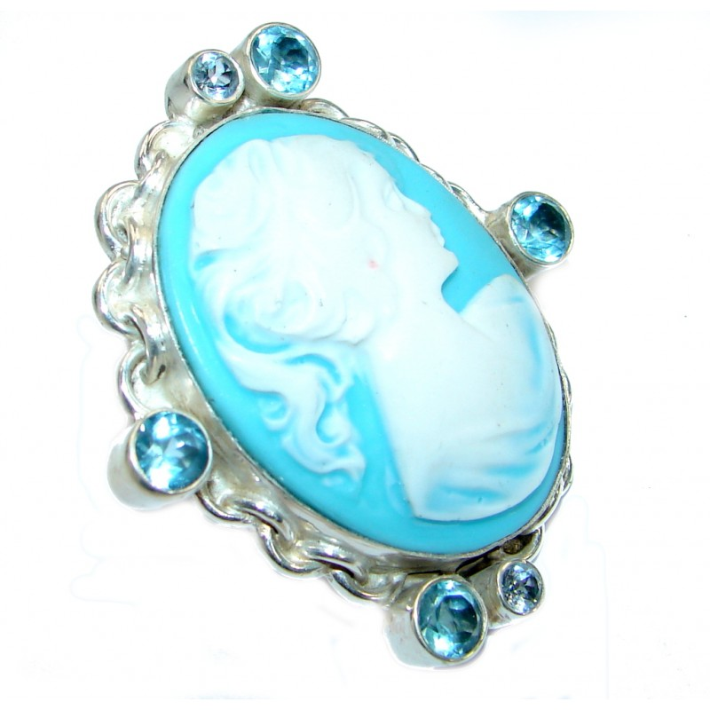 Beautiful Cameo Silver Tone Ring s. 9
