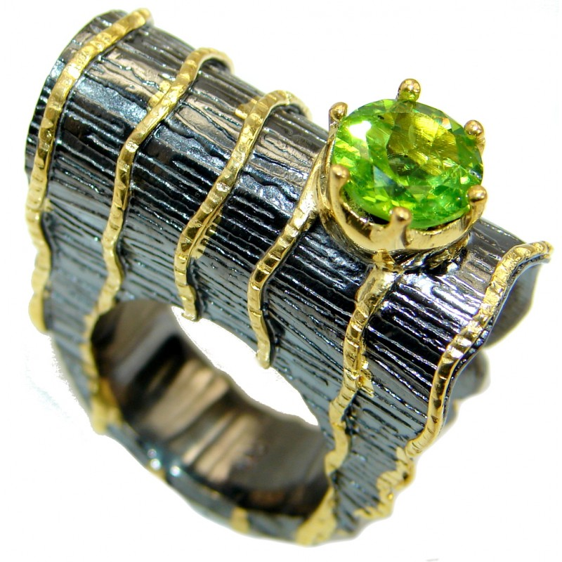 Energazing Peridot Gold over oxidized .925 Sterling Silver Ring size 8 1/2