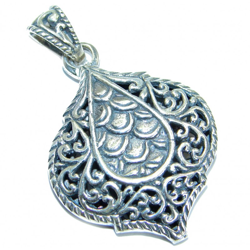 Bali Style .925 Sterling Silver handmade Pendant
