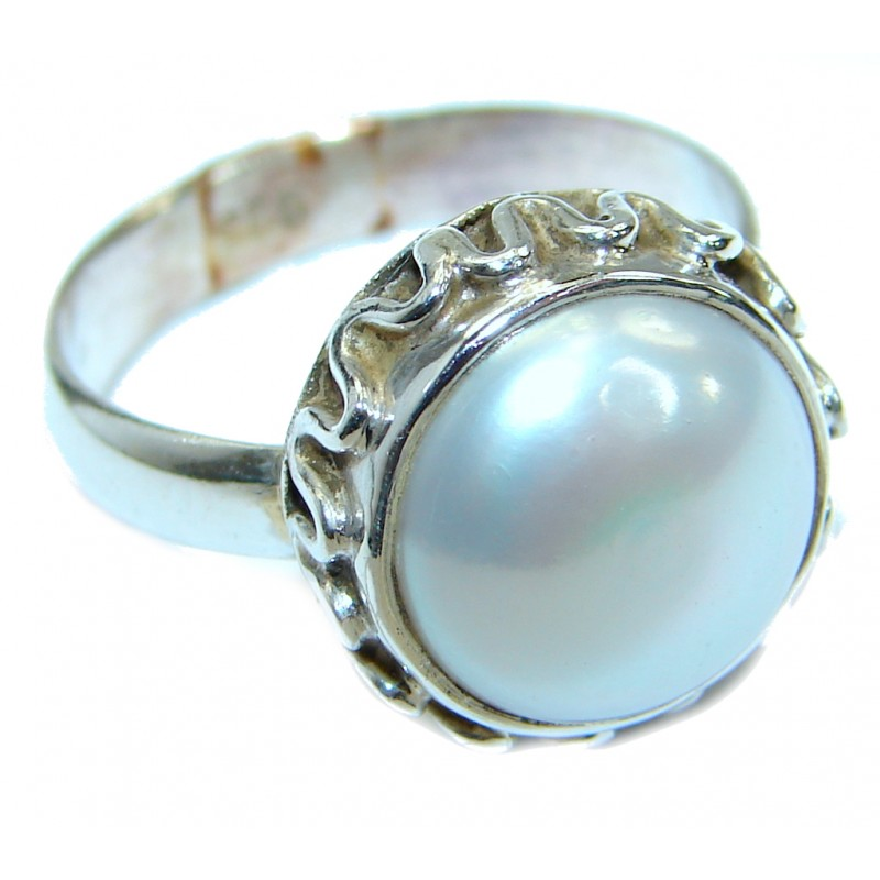 Beautiful Pearl Sterling Silver ring s. 7