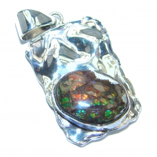 Natural Ammolite hammered .925 Sterling Silver handmade Pendant