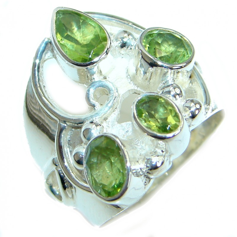 Energazing Peridot Gold over oxidized .925 Sterling Silver Ring size 9