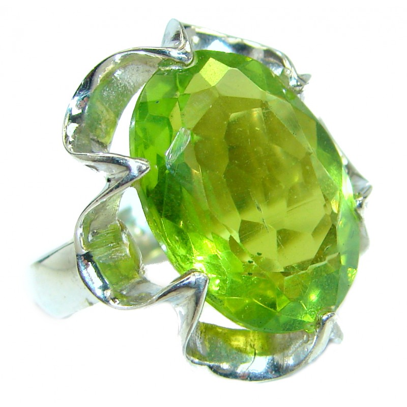 Green Quartz .925 Sterling Silver handcrafted Ring Size 6 1/2