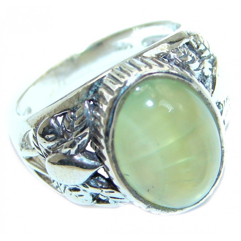 Supernova Moss Prehnite .925 Sterling Silver handcrafted ring; s. 8