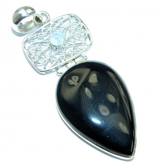 Simple design Black Onyx .925 Sterling Silver handmade Pendant