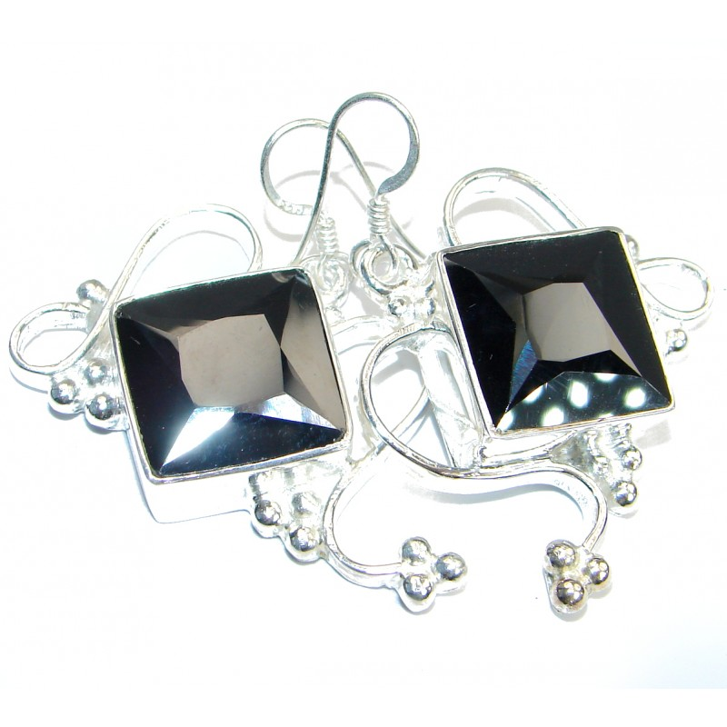 Great Artsian Cubic Zirconia Silver Tone earrings