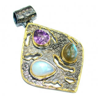 Vintage Style Beauty Genuine Multigem .925 Sterling Silver handcrafted Pendant
