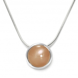 Charming necklace in sterling silver with a peach moonstone