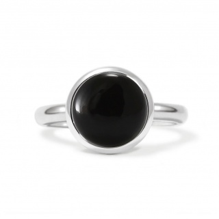 Charming ring in sterling silver with a black onyx