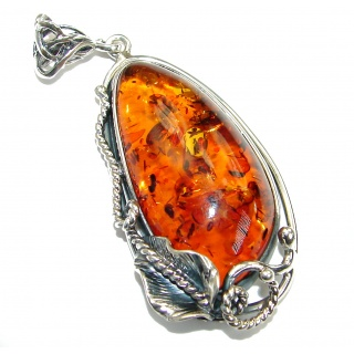 Vintahe Style Beauty Natural Baltic Amber .925 Sterling Silver handmade Pendant