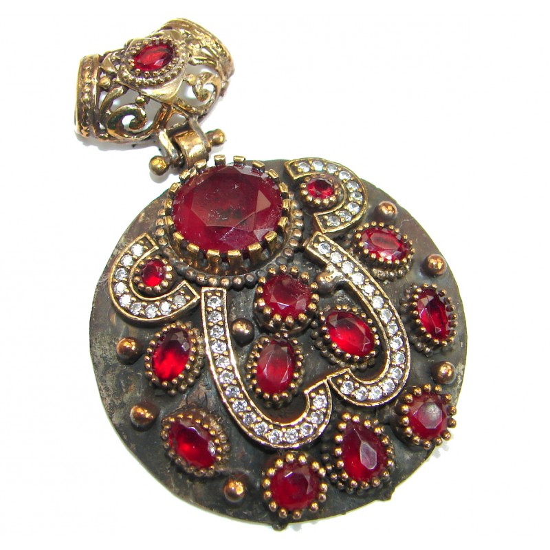 Vintage Design created Ruby .925 Sterling Silver handcrafted Pendant
