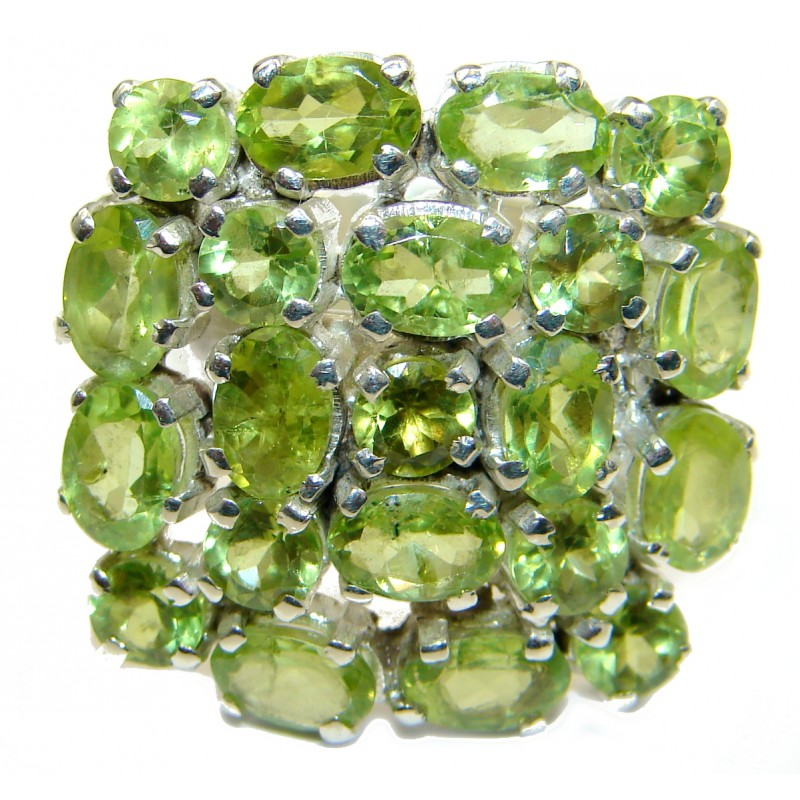 Majestic Peridot .925 Sterling Silver handmade Statement Ring s. 7