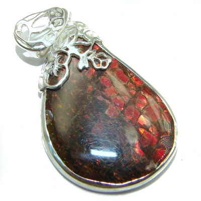 One of the kind genuine Ammolite .925 hammered Sterling Silver Pendant