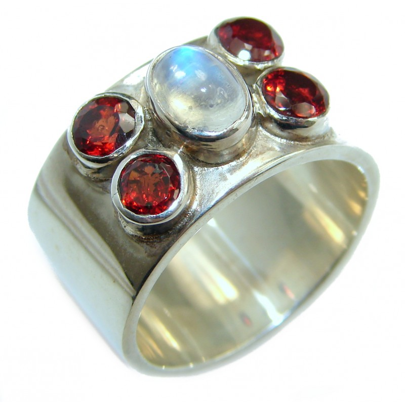 Great Beauty Fire Moonstone .925 Sterling Silver ring s. 6
