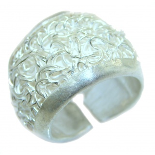 Bold Sterling Silver ring; s. 7 adjustable