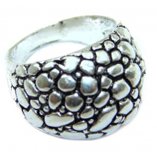 Bold Sterling Silver ring; s. 7 1/4
