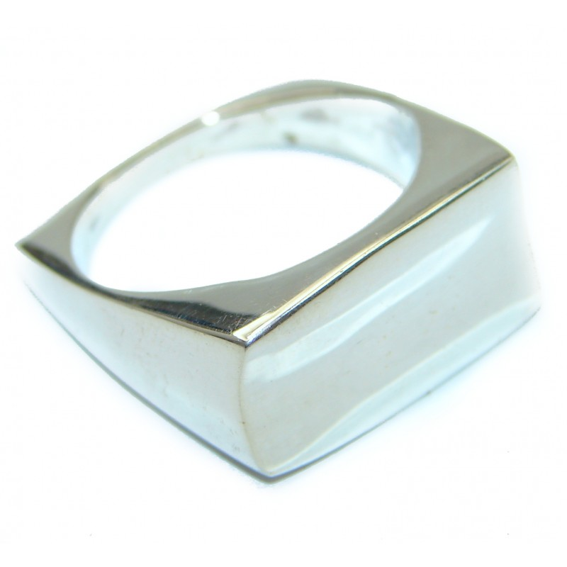 Excellent quality .925 Sterling Silver Ring s. 9 3/4